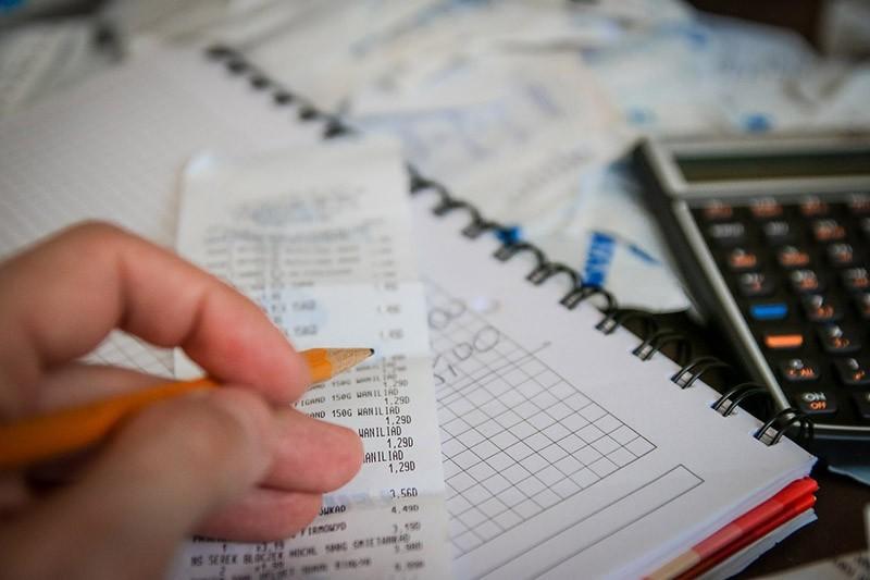 Budżet domowy — Jak go prowadzić, kiedy i czy warto oraz co nam daje planowanie wydatków i przychodów